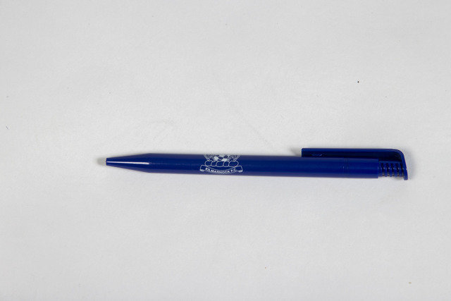 CLUB CRESTED PEN